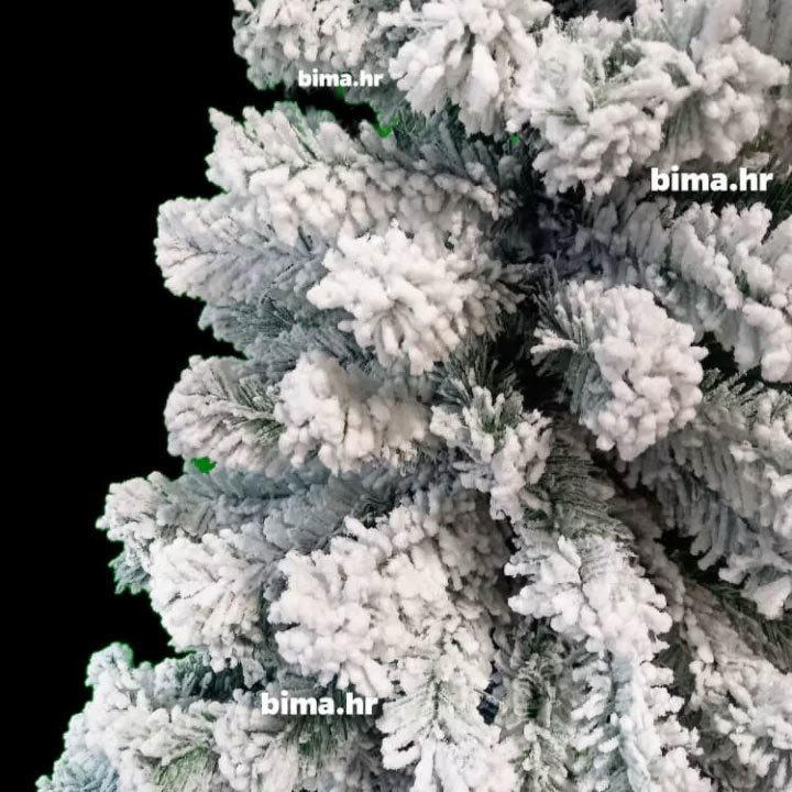 Božićno drvce sa snijegom bijelo