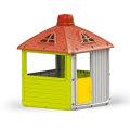 Dječja kućica za igru u vrtu
