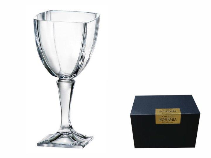 kristalne čaše za vino