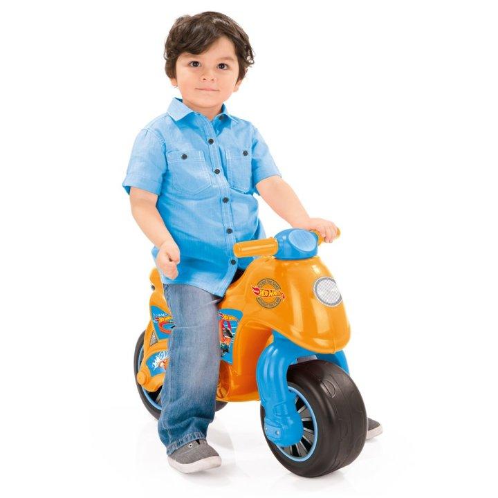 Motor igračka