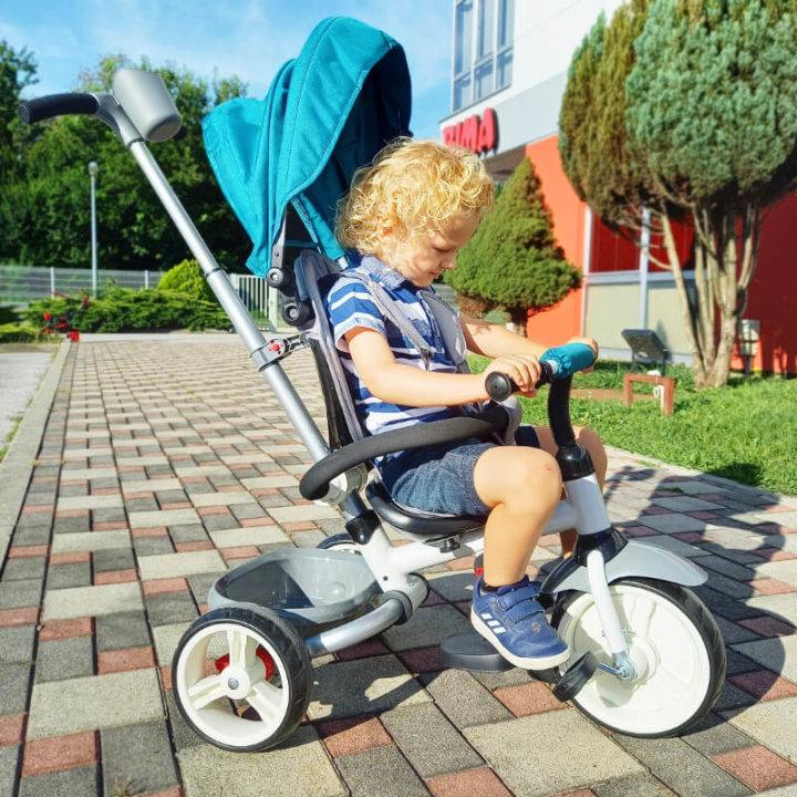 Tricikli s pedalama