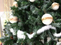 Božićno drvce sa češerima